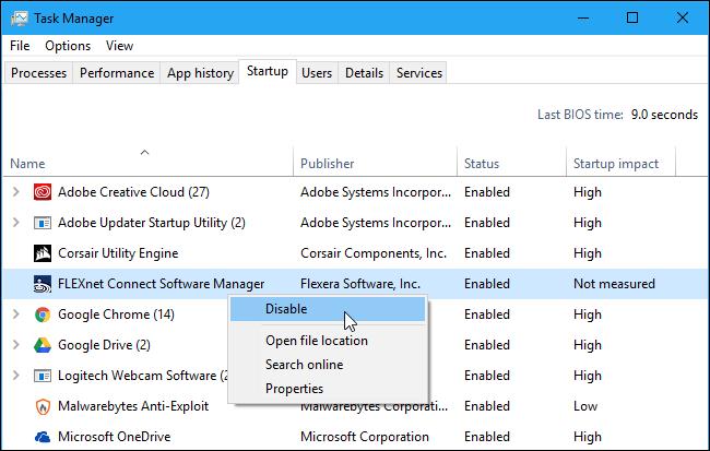 Как настроить значки в области уведомлений на панели задач в Windows 10.
